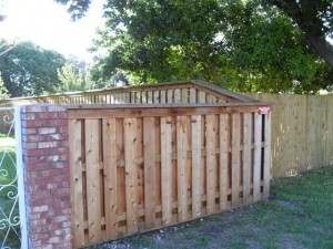 "6"" Cedar Shadow Box Fence with Cap"